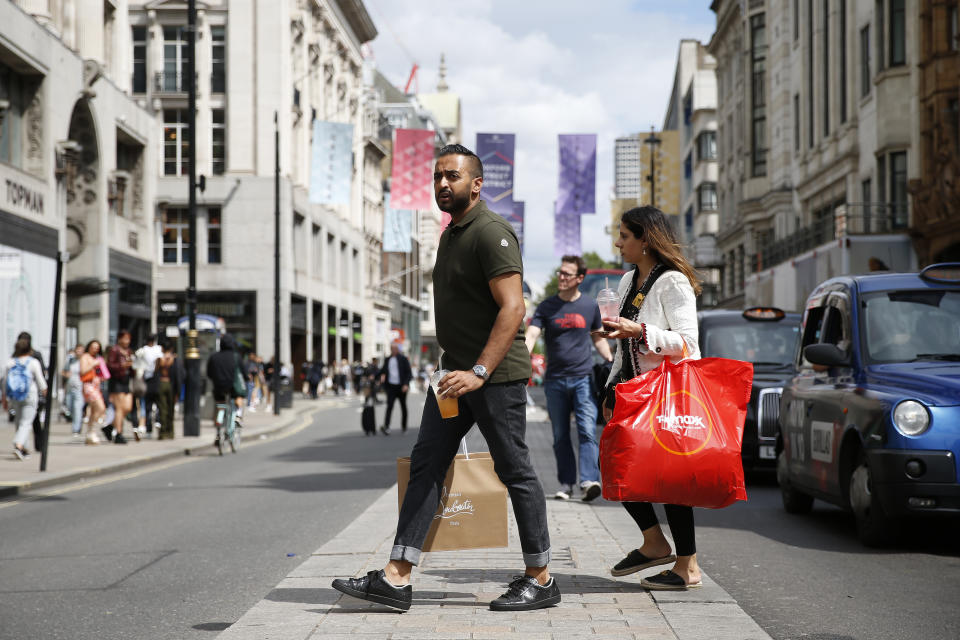 A lifting of hospitality restrictions meant consumers had more opportunities to spend outside retail. Photo: Getty Images