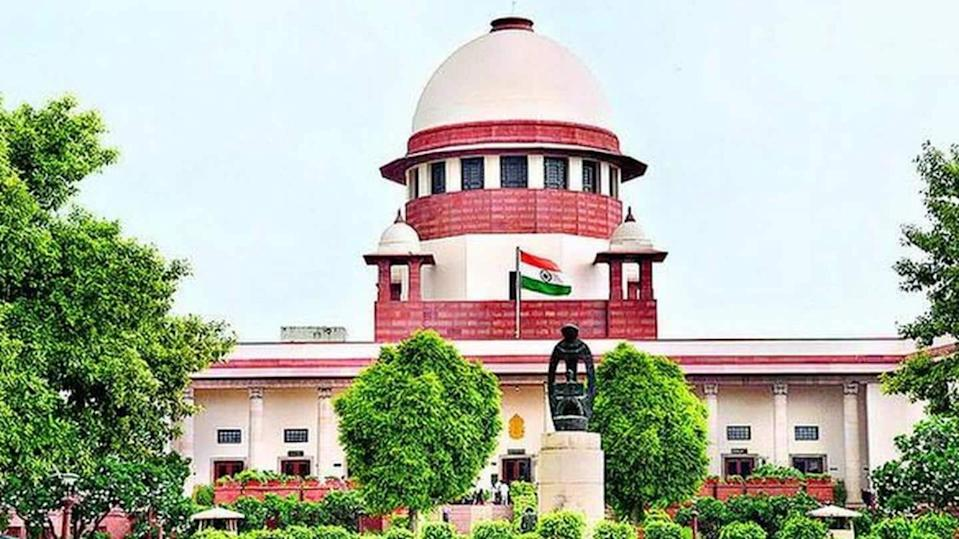Supreme Court slaps Facebook, WhatsApp with notice over privacy policy