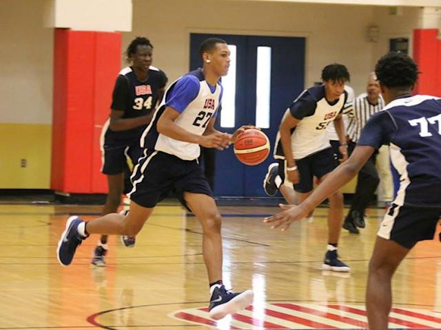 Darius Bazley dribbles upcourt at a USA Basketball practice session.