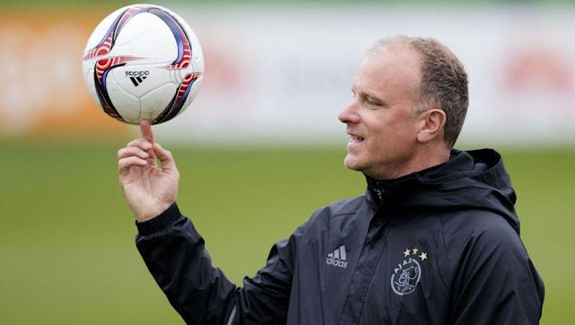 """<p>Dennis Bergkamp enjoyed an illustrious 11-year career with Arsenal when he joined from <a href=""""http://www.90min.com/teams/inter?view_source=incontent_links&view_medium=incontent"""" rel=""""nofollow noopener"""" target=""""_blank"""" data-ylk=""""slk:Inter"""" class=""""link rapid-noclick-resp"""">Inter</a> in 1995. The Dutchman racked up an impressive total of 423 appearances and scored 120 goals for the Gunners before he retired in 2006. </p> <br><p>Upon retiring, Bergkamp rejected a number of positions at Arsenal and insisted that he had no intentions of going into coaching. In 2008, however, the former striker began a fast-track coaching diploma available only to former Dutch international footballers. </p> <br><p>Having completed the diploma in 2009, he took charge of Ajax's U12 team before he was then promoted to assistant manager of the U19 team in 2010. A year later and Bergkamp was unveiled as De Boer's assistant manager of the first team. </p> <br><p>Bergkamp was later sacked along with manager Marcel Keizer and fellow assistant Hennie Spijkerman in 2017 after they failed to reach the Champions League and Europa League via the preliminary rounds. </p> <br><p>The 'Non-Flying Dutchman' is still a big hit at the Emirates, where he was honoured in 2014 with the creation of a statue outside the Clock End. Nevertheless, with his limited managerial experience, Bergkamp is probably low down on the Arsenal hierarchy's wish list.</p>"""