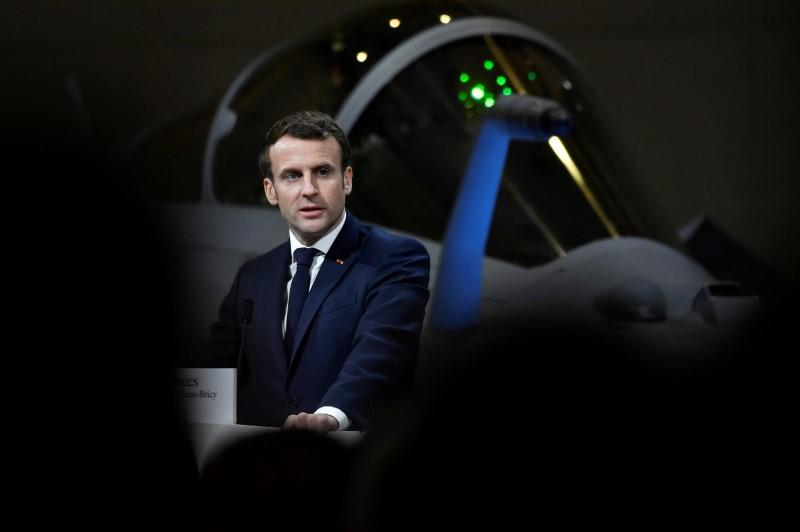 Macron, meeting Netanyahu, says Iran must not acquire nuclear weapons