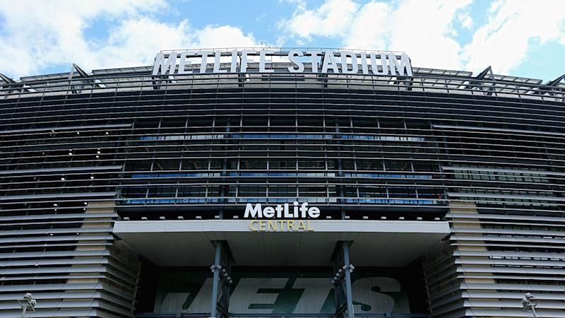 New Jersey governor bans fans for Giants, Jets games