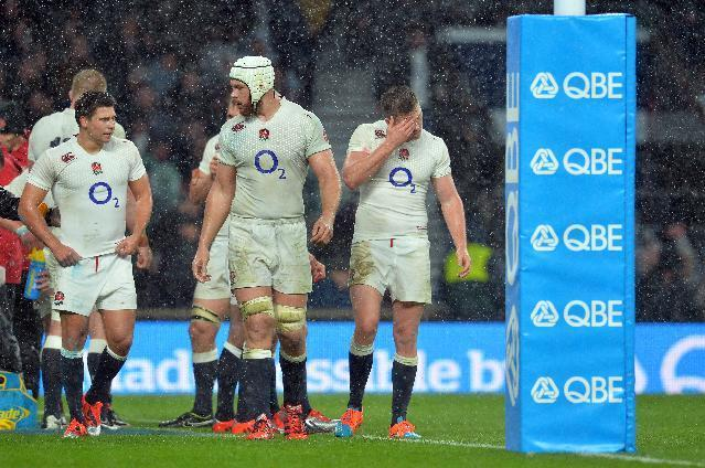England's players, seen during their Autumn International rugby union Test match against New Zealand, at Twickenham stadium in southwest London, on November 8, 2014 (AFP Photo/Glyn Kirk)