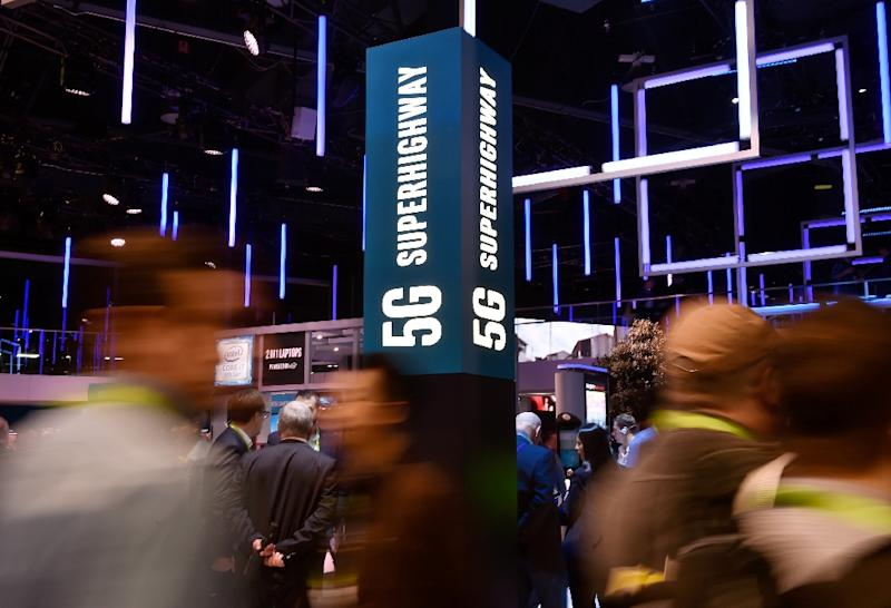 A proposal being floated by US officials to nationalize 5G -- the fifth generation of wireless internet -- drew sharp rebukes from across the political sprectrum