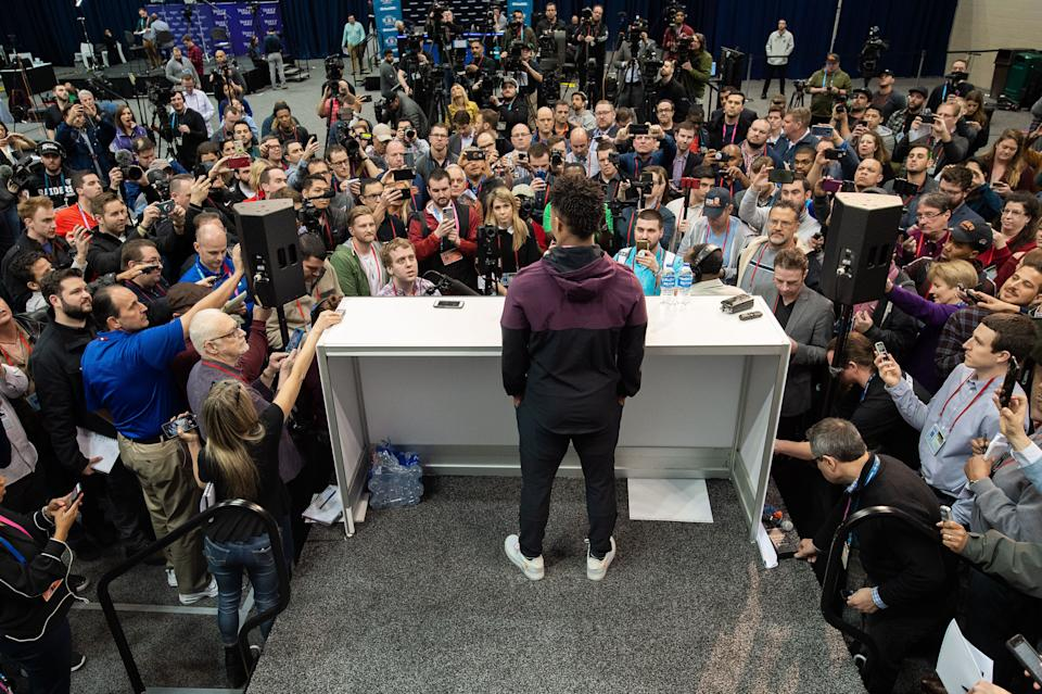 INDIANAPOLIS, IN - MARCH 01: Oklahoma quarterback Kyler Murray answers questions from the media during the NFL Scouting Combine on March 1, 2019 at the Indiana Convention Center in Indianapolis, IN. (Photo by Zach Bolinger/Icon Sportswire via Getty Images)