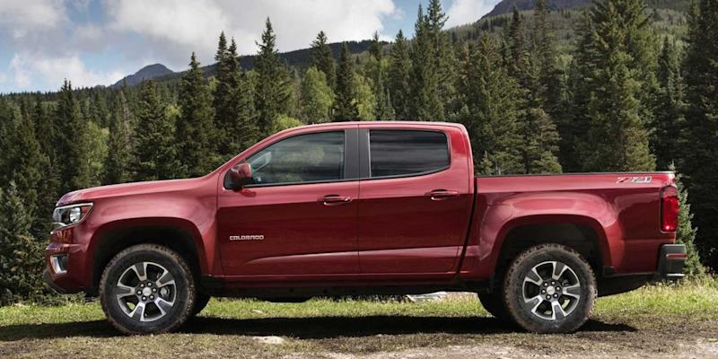 Chevy Chevrolet 2015 Colorado pickup truck forest
