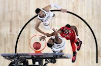 Tariq Owens #11 of the Texas Tech Red Raiders dunks the ball against Nick Ward #44 of the Michigan State Spartans in the first half during the 2019 NCAA Final Four semifinal at U.S. Bank Stadium on April 6, 2019 in Minneapolis, Minnesota. (Photo by Streeter Lecka/Getty Images)