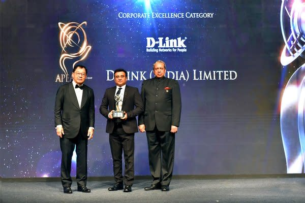 Mr. Tushar Sighat, Managing Director & CEO of D-Link (India) receiving the Asia Pacific Entrepreneurship Awards 2019 India under Corporate Excellence Category