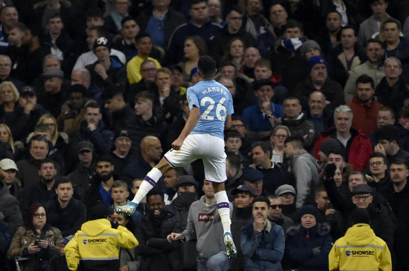 Man City rallies for 2-1 win over Chelsea, Aguero injured