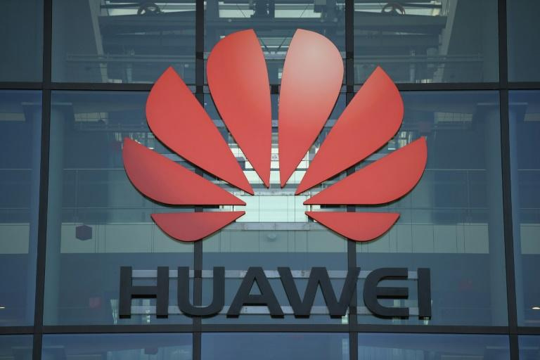Huawei has been given a limited role in the roll-out of Britain's 5G network (AFP Photo/DANIEL LEAL-OLIVAS)