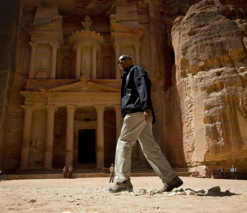 U.S. President Barack Obama tours the Treasury in the ancient city of Petra, Jordan, Saturday, March 23, 2013.  (AP Photo/Pablo Martinez Monsivais)