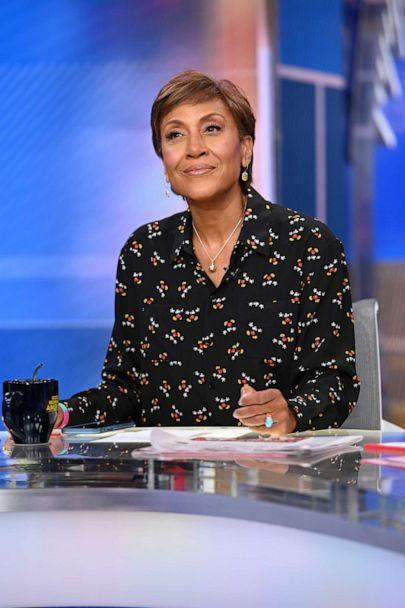 PHOTO: THIS WEEK WITH GEORGE GOOD MORNING AMERICA - 1/15/20 -Robin Roberts celebrates her 30th year with ABC on 'Good Morning America,' on Wednesday January 15, 2020 on ABC. (Lorenzo Bevilaqua/ABC)