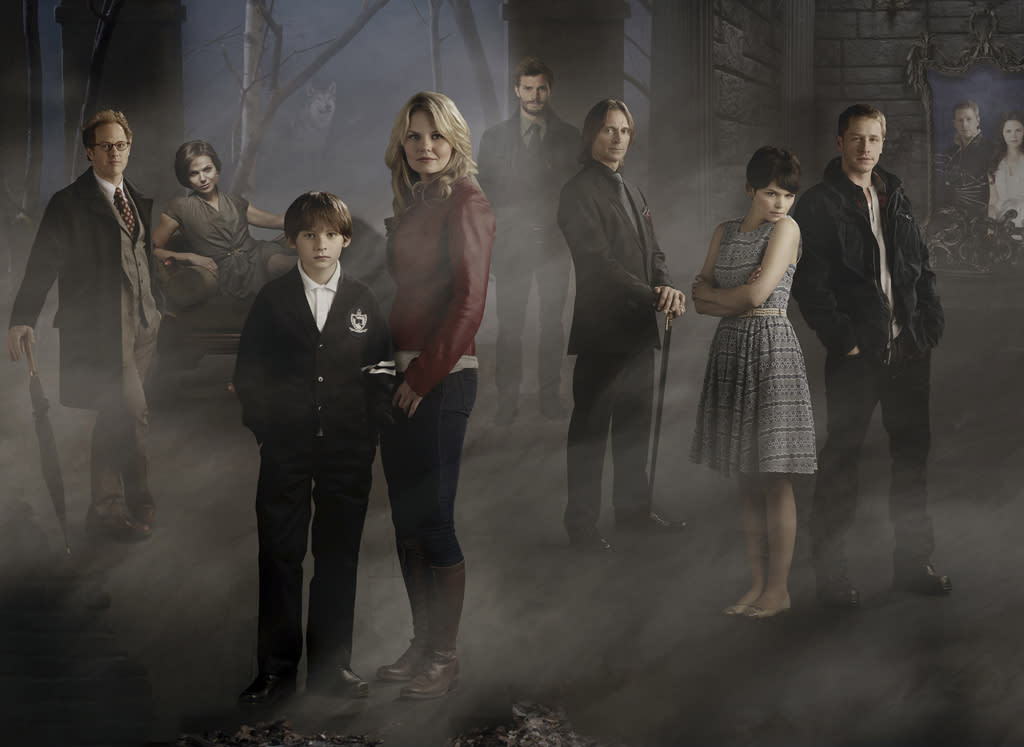 """<b>""""Once Upon a Time""""</b><br><br>Sunday, 5/13 at 8 PM on ABC<br><br><a href=""""http://yhoo.it/IHaVpe"""">More on Upcoming Finales </a>"""