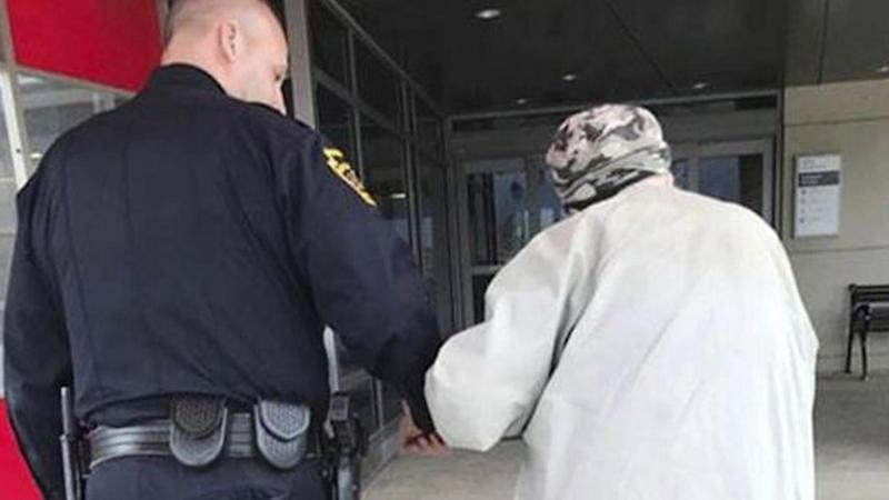Pennsylvania Cop Drives 84-Year-Old Man to Hospital So He Can Visit Ailing Wife