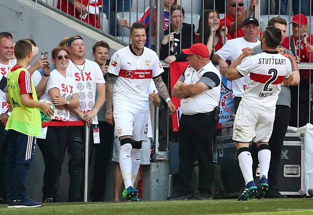 Soccer Football - Bundesliga - Bayern Munich v VfB Stuttgart - Allianz Arena, Munich, Germany - May 12, 2018 Stuttgart's Daniel Ginczek celebrates scoring their fourth goal REUTERS/Michael Dalder DFL RULES TO LIMIT THE ONLINE USAGE DURING MATCH TIME TO 15 PICTURES PER GAME. IMAGE SEQUENCES TO SIMULATE VIDEO IS NOT ALLOWED AT ANY TIME. FOR FURTHER QUERIES PLEASE CONTACT DFL DIRECTLY AT + 49 69 650050