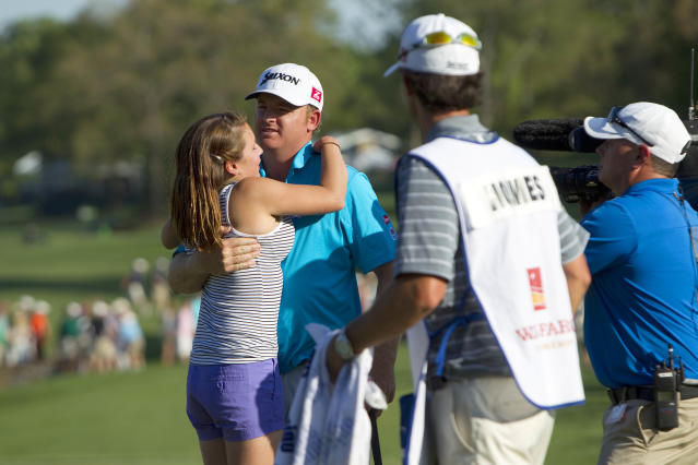 J.B. Holmes completes comeback from two brain surgeries with Wells Fargo victory