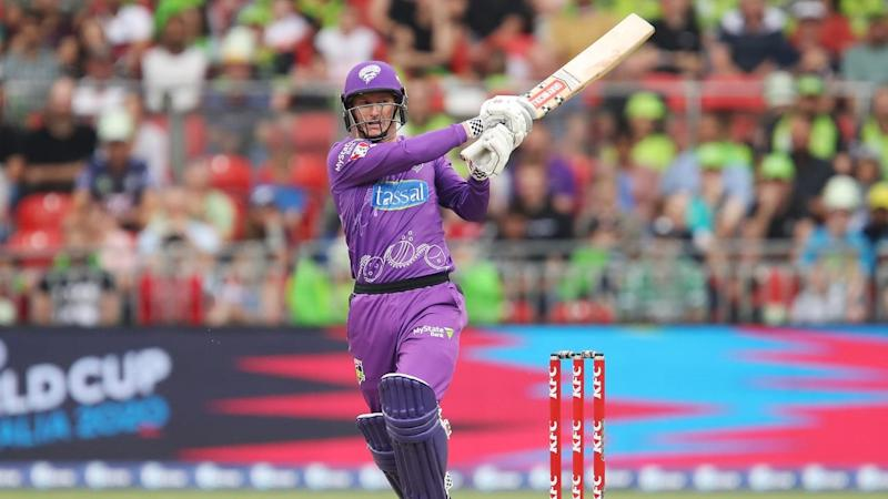 George Bailey has top-scored with 43 in Hobart's 6-162 in the BBL clash with the Sydney Thunder