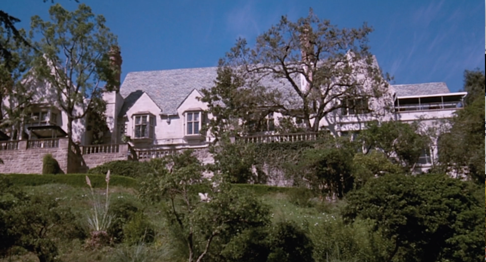 """<p>The Cutwater Estate in <em>All of Me</em>, which is actually the Greystone Mansion, is innnnnnsane. In the movie, Steve Martin–who plays Roger Cobb—accidentally has his body taken over by Edwina Cutwater. Edwina lived in the mansion, and Roger becomes Edwina, so he also kind of lives in the mansion. Anyway, all you need to know is that the mansion has 55 rooms and looks like someplace you'd find Megan and Harry living.</p><p><a class=""""link rapid-noclick-resp"""" href=""""https://www.amazon.com/All-Me-Steve-Martin/dp/B002R1UJBK/ref=sr_1_2?s=instant-video&ie=UTF8&qid=1543876237&sr=1-2&keywords=all+of+me&tag=syn-yahoo-20&ascsubtag=%5Bartid%7C10063.g.35507124%5Bsrc%7Cyahoo-us"""" rel=""""nofollow noopener"""" target=""""_blank"""" data-ylk=""""slk:WATCH ON AMAZON PRIME"""">WATCH ON AMAZON PRIME</a></p>"""