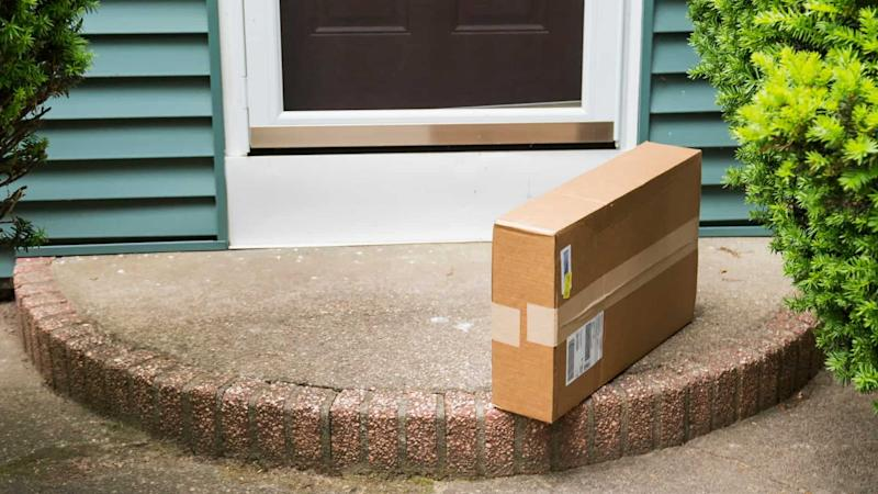 Amazon ecommerce package delivery