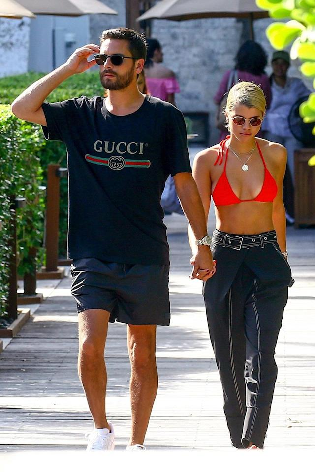 Scott Disick and Sofia Richie hold hands in Miami. (Photo: BACKGRID)