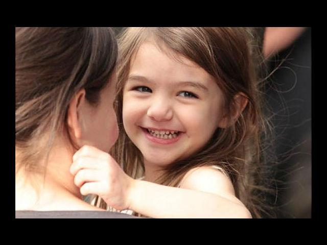 <h4>Suri Cruise</h4> <p>True to her name, Suri Cruise is a 'princess' and as beautiful as a 'red rose'. She would win hands down as the cutest celebrity kids around today.</p> <p> </p>