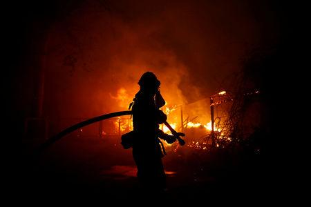 Deadly California wildfires cost $9bn in insurance claims