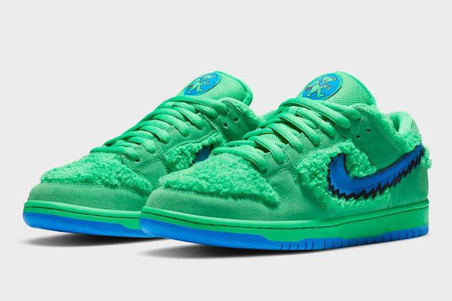 The Nike SB Dunk Low 'Paris' Sold for $51,950 on StockX in 2020 ...