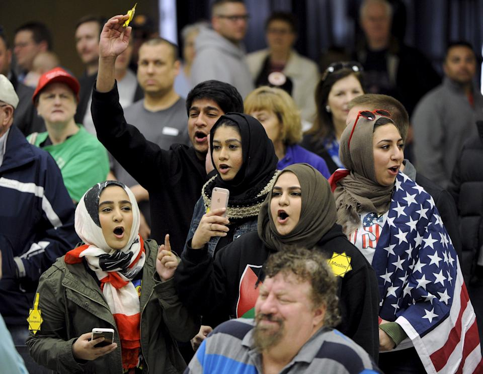 Young Muslims protest presidential candidate Donald Trump at a campaign rally in Wichita, Kansas, on March 5, 2016. (Photo: Dave Kaup/Reuters)