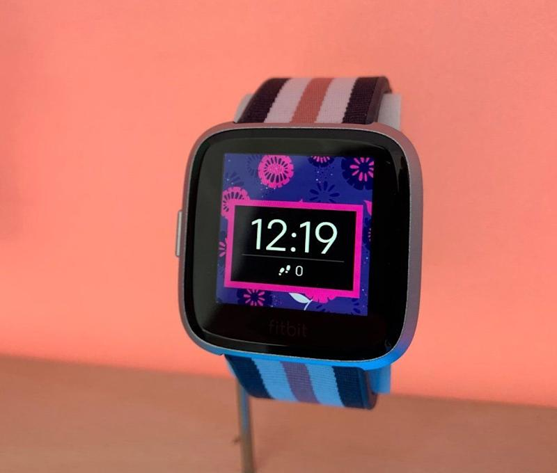 The Fitbit Versa Lite is a low-cost version of the company's existing smartwatch designed to appeal to a broader audience than the pricier standard Versa and Versa Special Edition. (image: Daniel Howley)