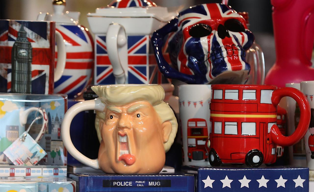 <p>A tankard depicting the face of U.S. President Donald Trump is displayed in a souvenir shop in central London, Britain July 11, 2018. (Photo: Simon Dawson/Reuters) </p>