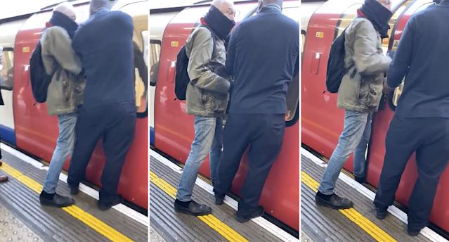 The former mayor of London appeared to have his foot in the tube door. (@2wenty4s Twitter)
