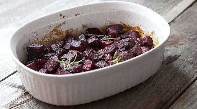 <strong>Get the <span>Balsamic Roasted Beets recipe</span> from Macheesmo</strong>