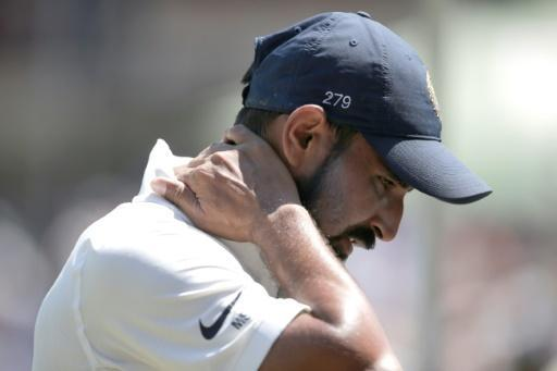 <p>Infidelity claim puts India bowler Shami's contract on hold</p>