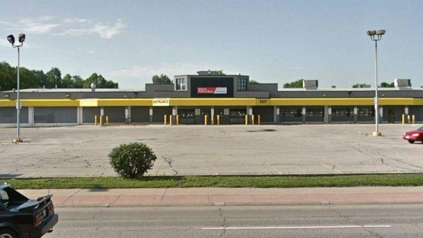 PHOTO: The former location of the No Frills Supermarket in Council Bluffs, Iowa. (Google Maps Street View)