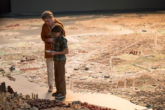 Julianne Moore and Fegley in <em>Wonderstruck.</em> (Photo: Mary Cybulski/Roadside Attractions/Amazon/Courtesy of Everett Collection)