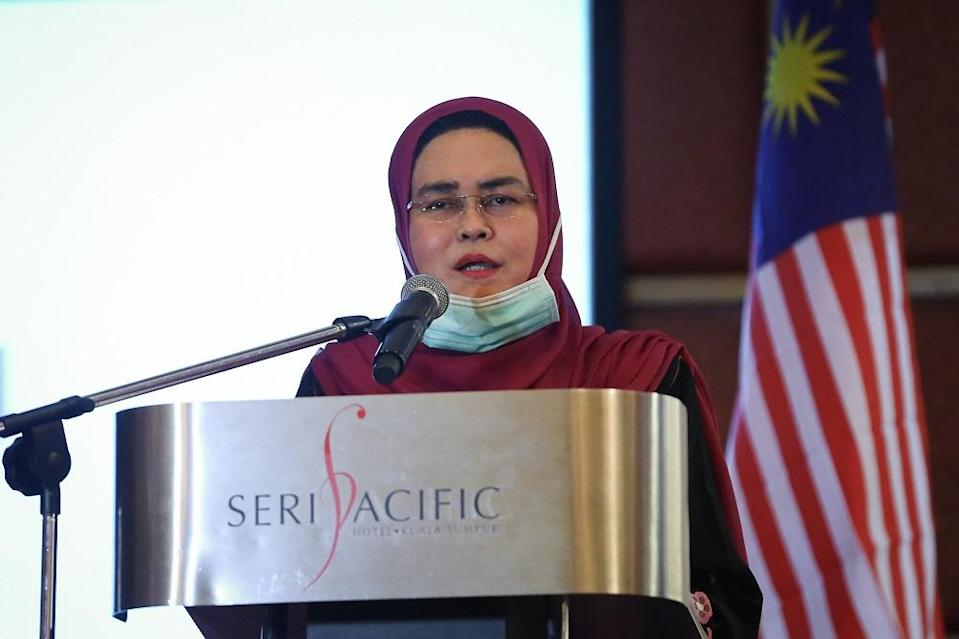 National Unity Minister Datuk Halimah Mohamed Sadique speaks during the appreciation ceremony for the Rukun Negara Club and Rukun Negara Secretariat in Kuala Lumpur August 6, 2020. ― Picture by Yusof Mat Isa