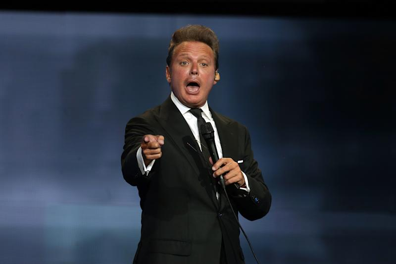 DALLAS, TX - MAY 25: Mexican singer Luis Miguel performs during a show as part of the 'Mexico por Siempre' Tour at American Airlines Center on May 25, 2018 in Dallas, Texas. (Photo by Omar Vega/Getty Images)