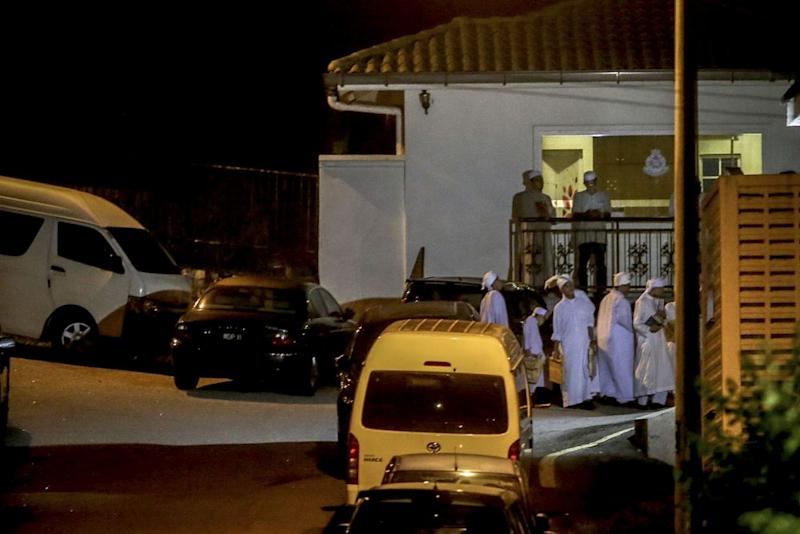 Students from the Darul Quran Ittifaqiyah school are pictured outside Najib's residence in Kuala Lumpur May 21, 2018. — Picture by Hari Anggara