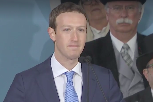 Zuckerberg addresses Facebook staff on data scandal