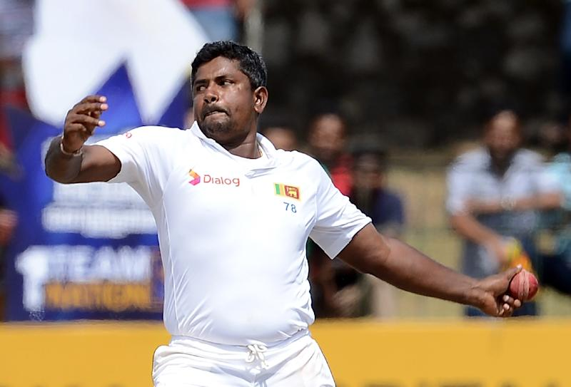 Sri Lanka's Rangana Herath delivers the ball during a Test match at The Sinhalese Sports Club Ground in Colombo, on August 17, 2016 (AFP Photo/Lakruwan Wanniarachchi)