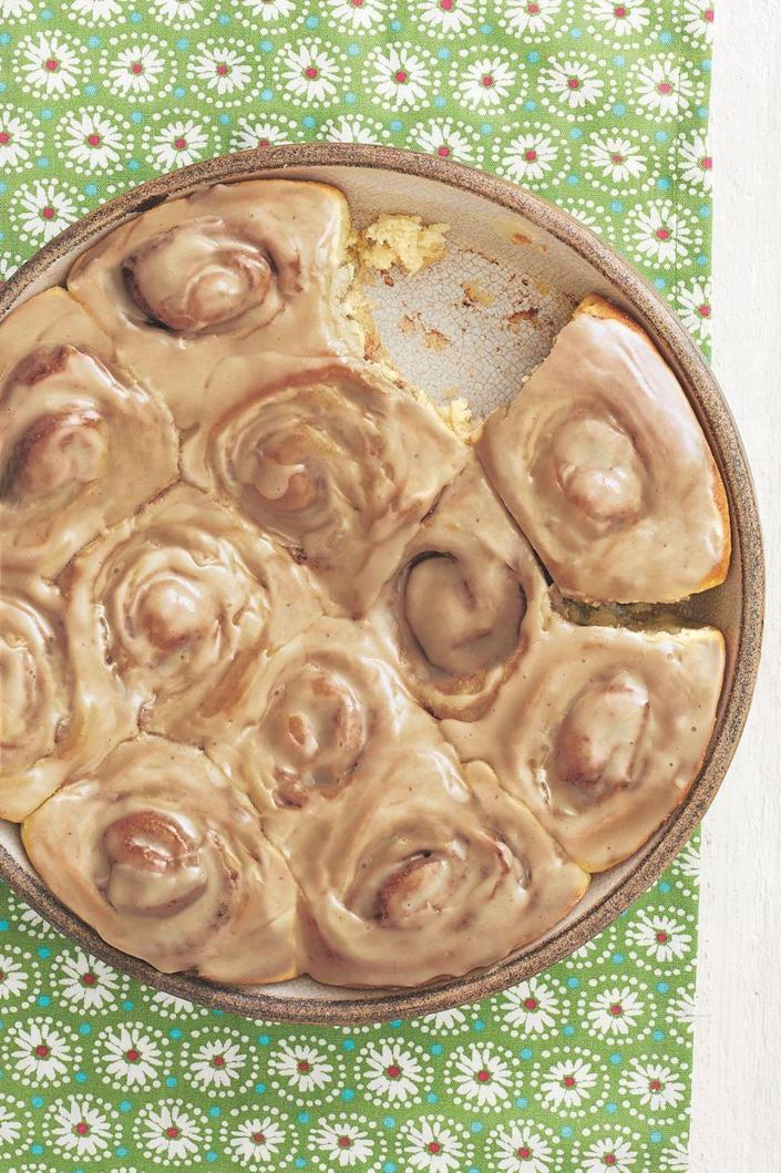 """<p>Ree Drummond always makes these cinnamon rolls for friends at Christmastime. """"I've won friends and influenced people just by delivering these rolls,"""" Ree says. </p><p><a href=""""https://www.thepioneerwoman.com/food-cooking/recipes/a11914/cinammon-rolls/"""" rel=""""nofollow noopener"""" target=""""_blank"""" data-ylk=""""slk:Get Ree's recipe."""" class=""""link rapid-noclick-resp""""><strong>Get Ree's recipe.</strong></a></p>"""