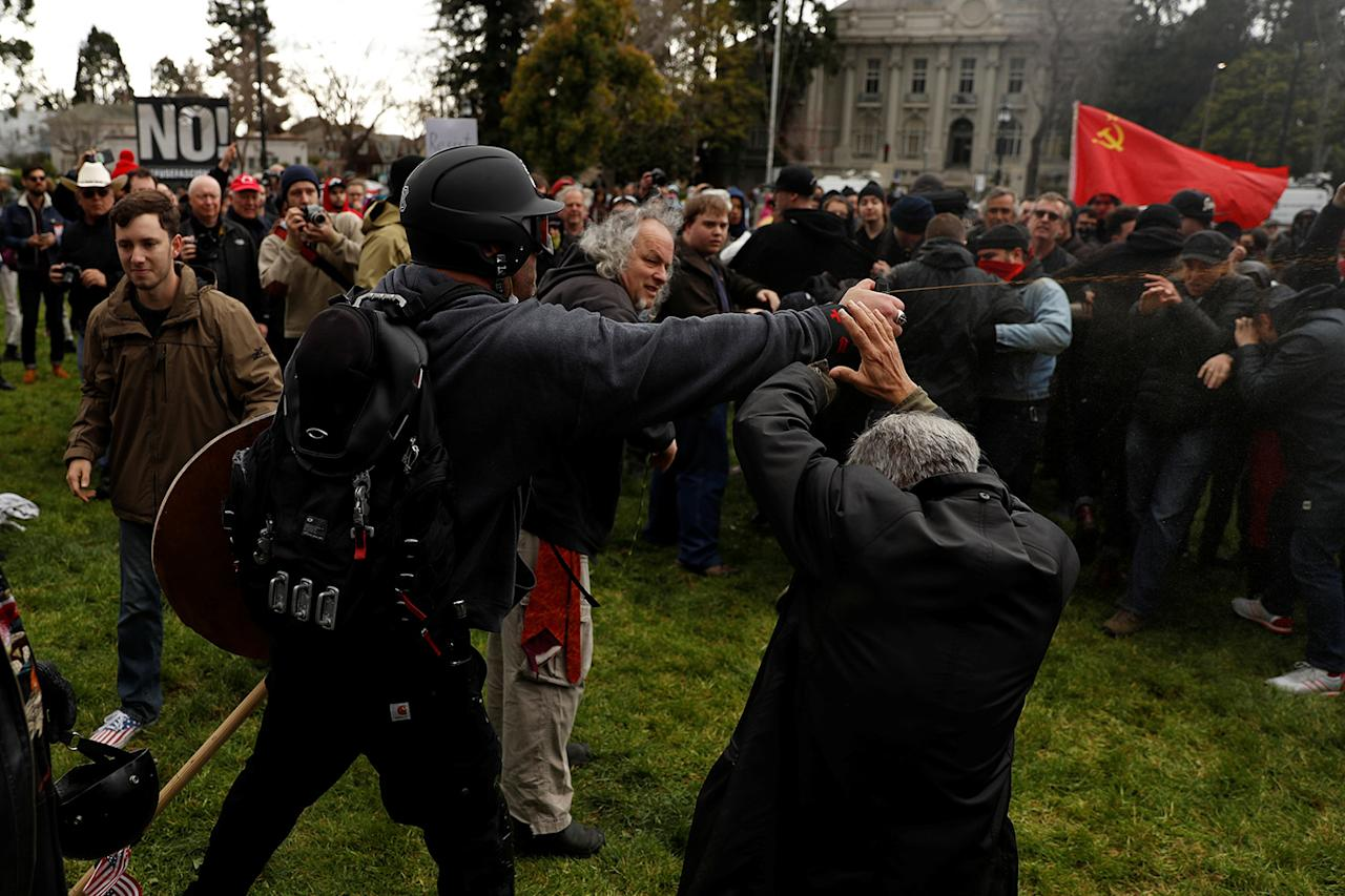 """<p>A demonstrator in support of U.S. President Donald Trump sprays pepper spray towards a group of counter-protesters during a """"People 4 Trump"""" rally in Berkeley, California March 4, 2017. (Photo: Stephen Lam/Reuters) </p>"""