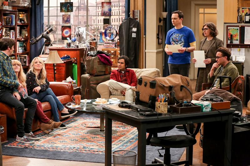 """""""The Stockholm Syndrome"""" - Pictured: Howard Wolowitz (Simon Helberg), Bernadette (Melissa Rauch), Penny (Kaley Cuoco), Rajesh Koothrappali (Kunal Nayyar), Sheldon Cooper (Jim Parsons), Amy Farrah Fowler (Mayim Bialik) and Leonard Hofstadter (Johnny Galecki). Bernadette and Wolowitz leave their kids for the first time, Penny and Leonard try to keep a secret, Sheldon and Amy stick together, and Koothrappali makes a new friend as the gang travels together into an uncharted future, on the series finale of THE BIG BANG THEORY, Thursday, May 16 (8:30 - 9:00PM, ET/PT) on the CBS Television Network. Photo: Michael Yarish/CBS ©2019 CBS Broadcasting, Inc. All Rights Reserved"""