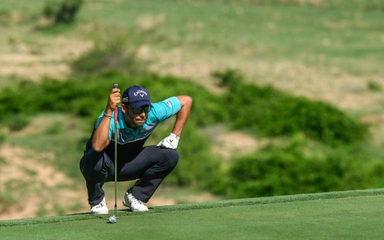 Larrazabal holds a three-shot lead