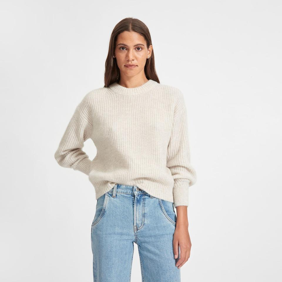 "<p><strong>everlane</strong></p><p>everlane.com</p><p><strong>$95.00</strong></p><p><a href=""https://go.redirectingat.com?id=74968X1596630&url=https%3A%2F%2Fwww.everlane.com%2Fproducts%2Fwomens-alpaca-crew-almond&sref=https%3A%2F%2Fwww.countryliving.com%2Fshopping%2Fgifts%2Fg2828%2Fgifts-for-people-who-are-always-cold%2F"" rel=""nofollow noopener"" target=""_blank"" data-ylk=""slk:Shop Now"" class=""link rapid-noclick-resp"">Shop Now</a></p><p>Snuggle in style with an oversize alpaca crew.</p>"