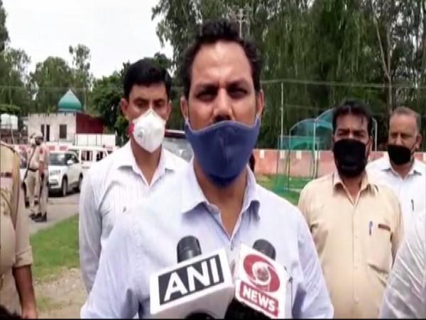 Deputy Commissioner Kathua OP Bhagat speaking to the reporters on Thursday. (Photo/ANI)