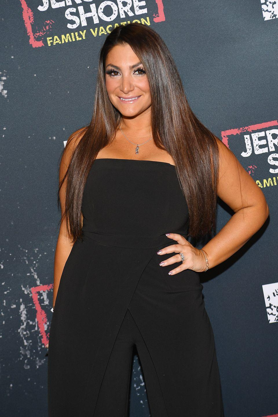 """<p>Deena appeared only on later seasons of<em> Jersey Shore</em>, but she's still reaping the financial benefits. <a href=""""https://www.celebritynetworth.com/richest-celebrities/deena-nicole-cortese-net-worth/"""" rel=""""nofollow noopener"""" target=""""_blank"""" data-ylk=""""slk:Celebrity Net Worth"""" class=""""link rapid-noclick-resp""""><em>Celebrity Net Worth</em></a> estimates she's worth a cool $2 million, and <a href=""""https://radaronline.com/exclusives/2012/06/jersey-shore-stars-earnings-how-much-do-they-make/"""" rel=""""nofollow noopener"""" target=""""_blank"""" data-ylk=""""slk:Radar Online"""" class=""""link rapid-noclick-resp""""><em>Radar Online</em></a> reports she made around $40,000 per episode. I'd take it. </p>"""