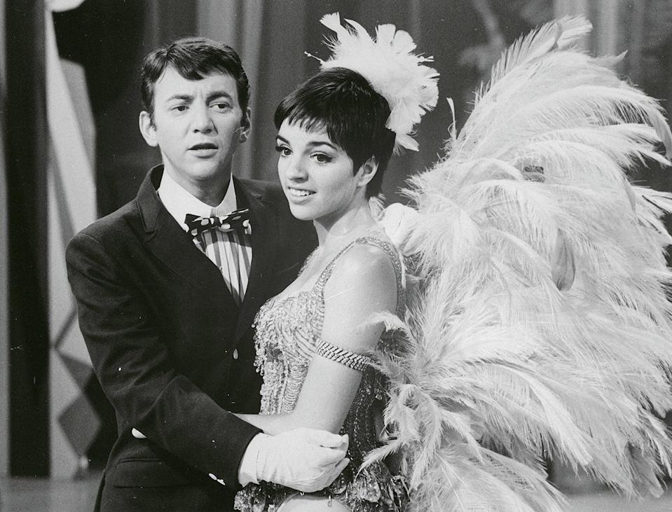 """<p>Minnelli sang with Bobby Darin during the """"Give My Regards to Broadway"""" TV special in 1967. </p>"""
