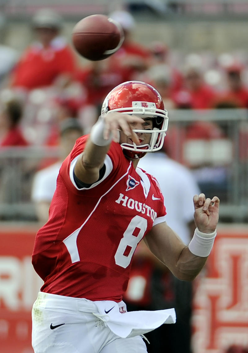 Houston QB Piland's career ends due to concussions