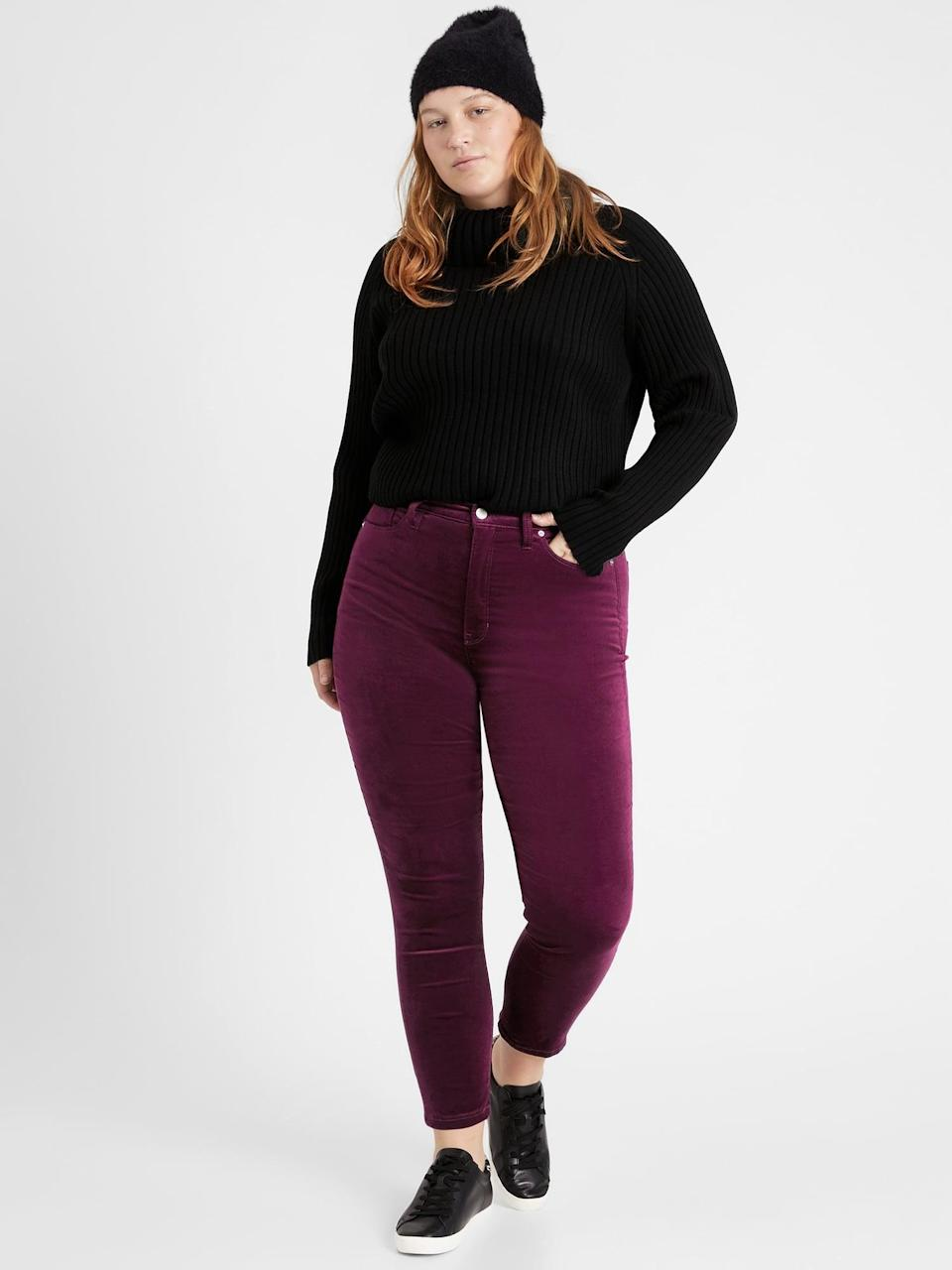 <p>We love these <span>Banana Republic High-Rise Skinny Velvet Pant</span> ($62, originally $110) as they're the perfect cozy look with a beanie and turtleneck.</p>